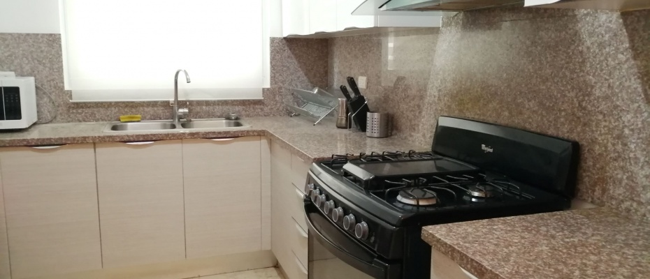 Naco,3 Bedrooms Bedrooms,2.5 BathroomsBathrooms,Apartamento,2073