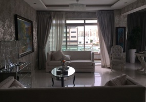 Urbanización Real,4 Bedrooms Bedrooms,4.5 BathroomsBathrooms,Penthouse,1209