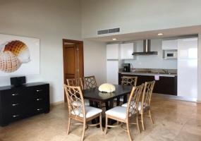 2 Bedrooms Bedrooms,2.5 BathroomsBathrooms,Apartamento,1342