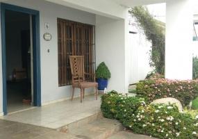 Los Prados,3 Bedrooms Bedrooms,2.5 BathroomsBathrooms,Casa,1381