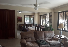 Arroyo Hondo,3 Bedrooms Bedrooms,2.5 BathroomsBathrooms,Apartamento,1050