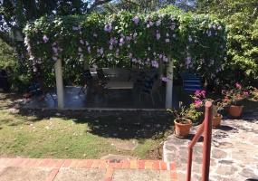 Arroyo Hondo,4 Bedrooms Bedrooms,6 BathroomsBathrooms,Casa,1063
