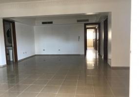 Evaristo Morales,3 Bedrooms Bedrooms,3.5 BathroomsBathrooms,Apartamento,1758