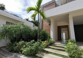 Arroyo Hondo,3 Bedrooms Bedrooms,3.5 BathroomsBathrooms,Casa,1807